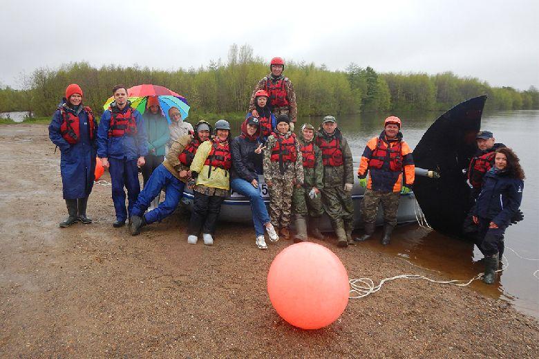 В практических занятиях на воде приняли участие как опытные добровольцы, прошедшие уже несколько тренировок, так и новички